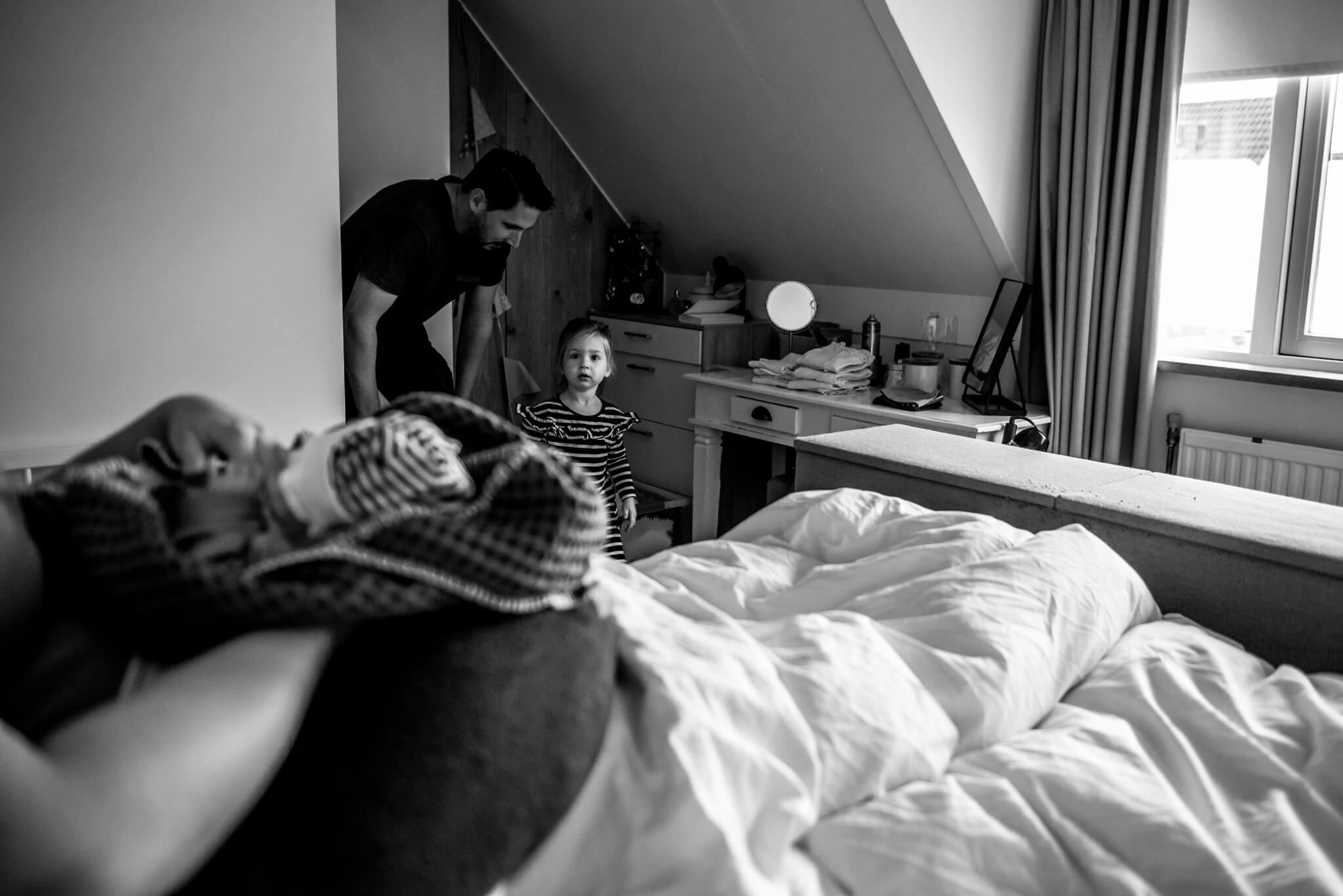 Geboortefotografie Nijmegen ontmoeting zus