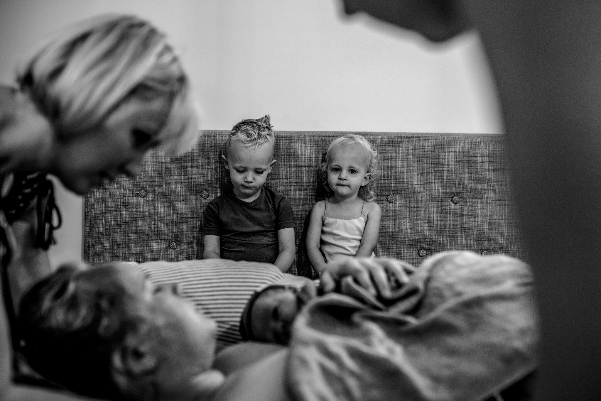 Geboortefotografie kinderen bij de bevalling