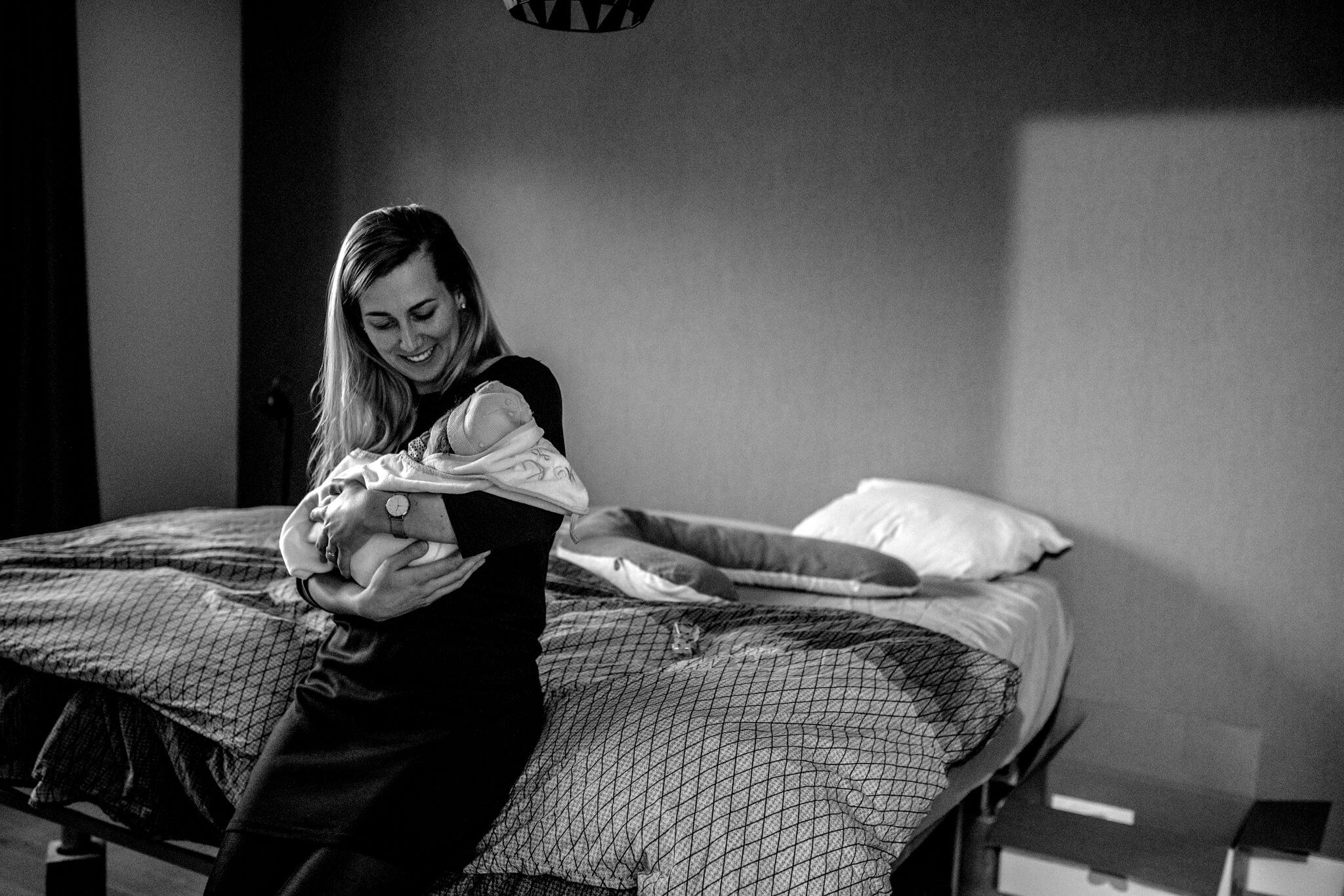 Verloskundigen geboortefotografie BIrth Day geboortefotografie Venray Cindy