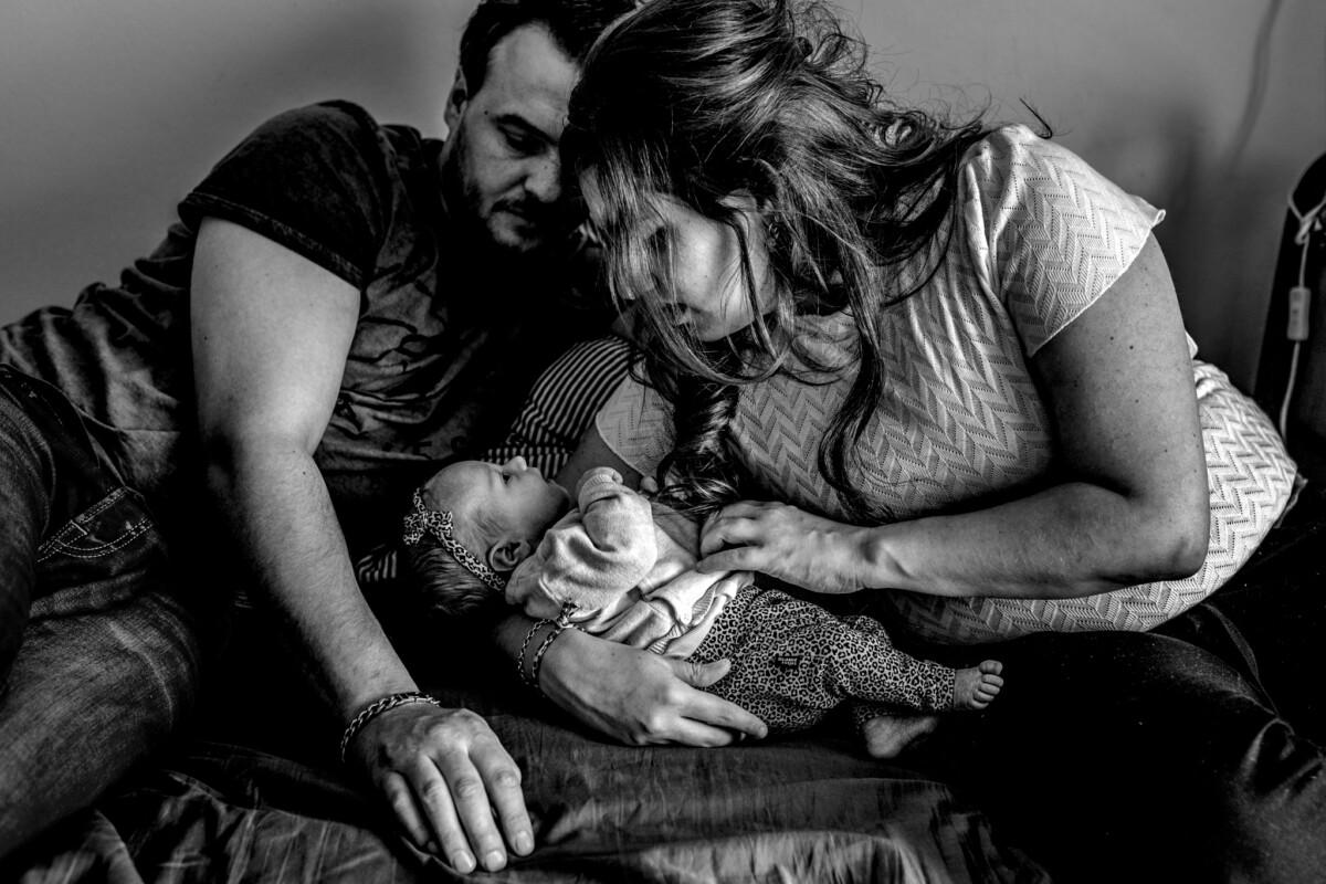 newbornreportage mill birth day geboortefotografie Cindy Willems